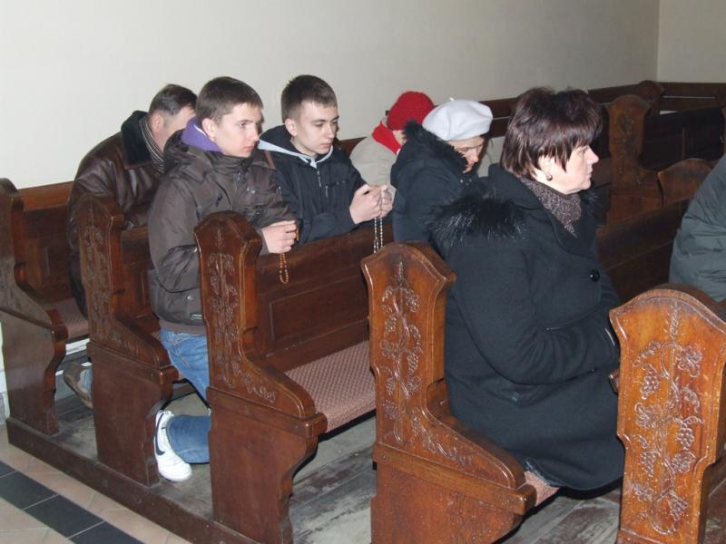 Wielka Sobota - całonocna adoracja Najświętszego Sakramentu (2012-04-08) - Ł. A. Wejda