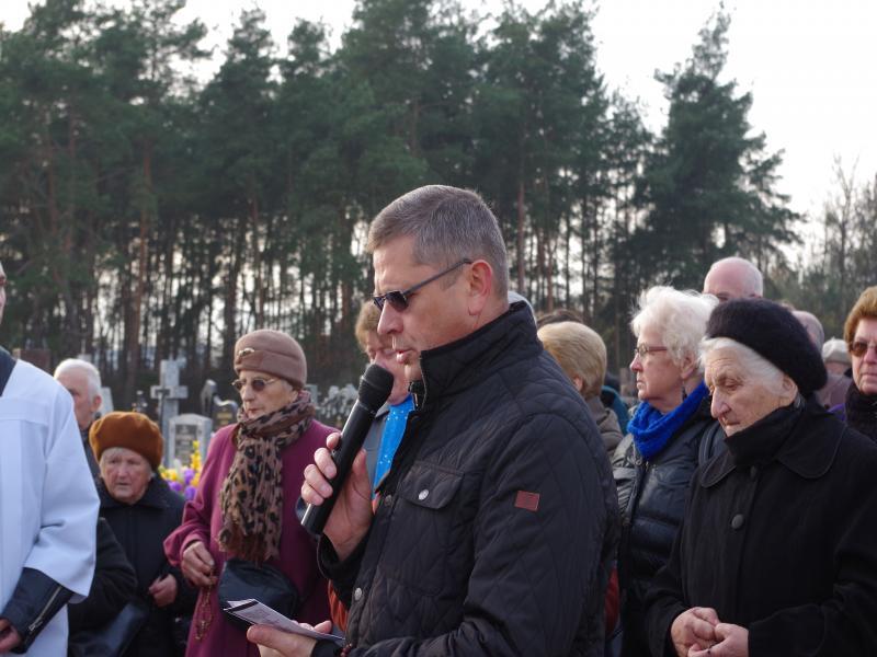 Uroczystość Wszystkich Świętych (2013-11-01) - dh. Krzysztof i min. Sebastian