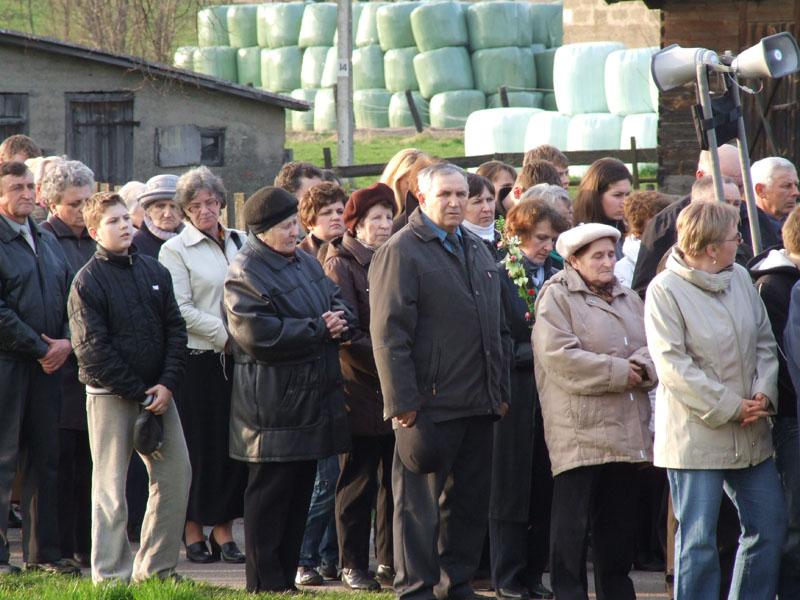 Droga krzyżowa ulicami Trzciannego i Zucielca (Stacja VIII ) - Niedziela Palmowa (2011-04-17)  - Ł. A. Wejda
